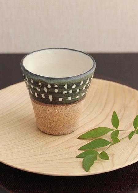 iwasaki cup dotto.jpg